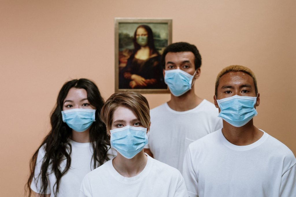 healthcare workers wearing face masks and PPE